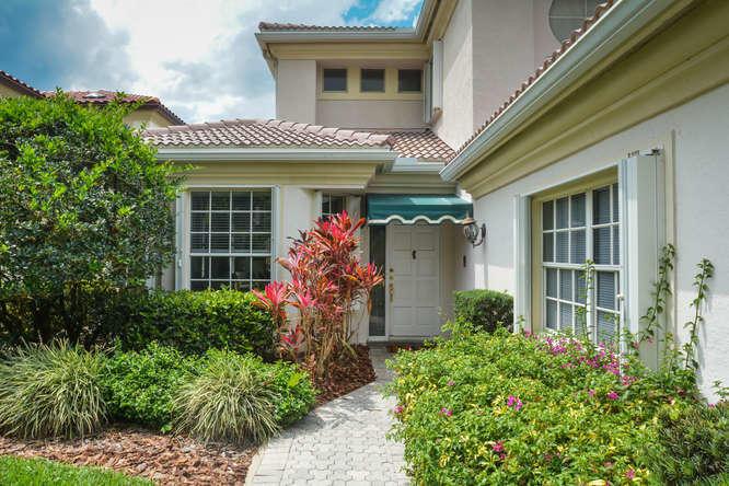 2035 Regents Boulevard West Palm Beach, FL 33409 photo 3