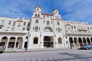 Palm Beach Hotel Cond