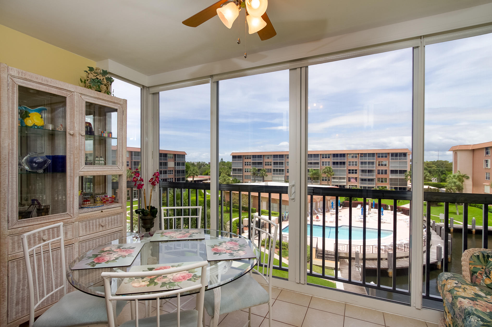 911 Gardenia Drive 453 Delray Beach, FL 33483 photo 5