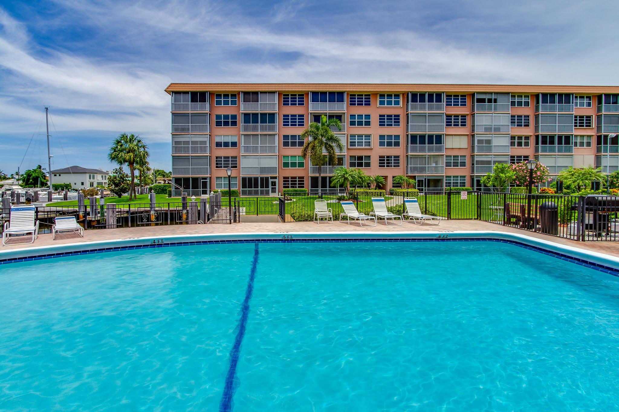 911 Gardenia Drive 453 Delray Beach, FL 33483 photo 36