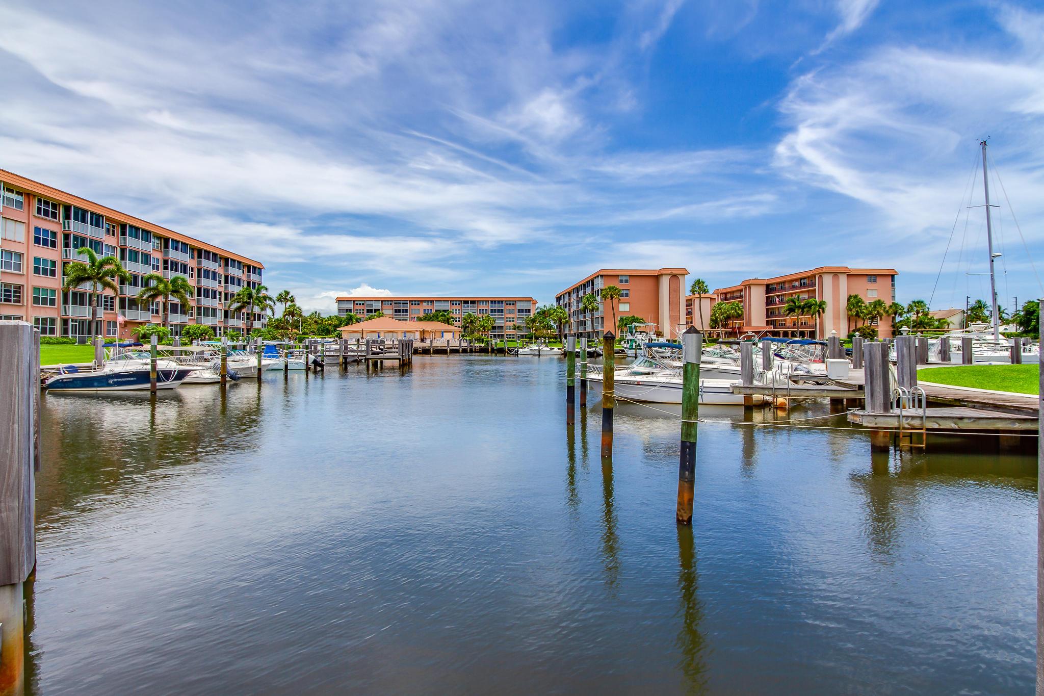 911 Gardenia Drive 453 Delray Beach, FL 33483 photo 37
