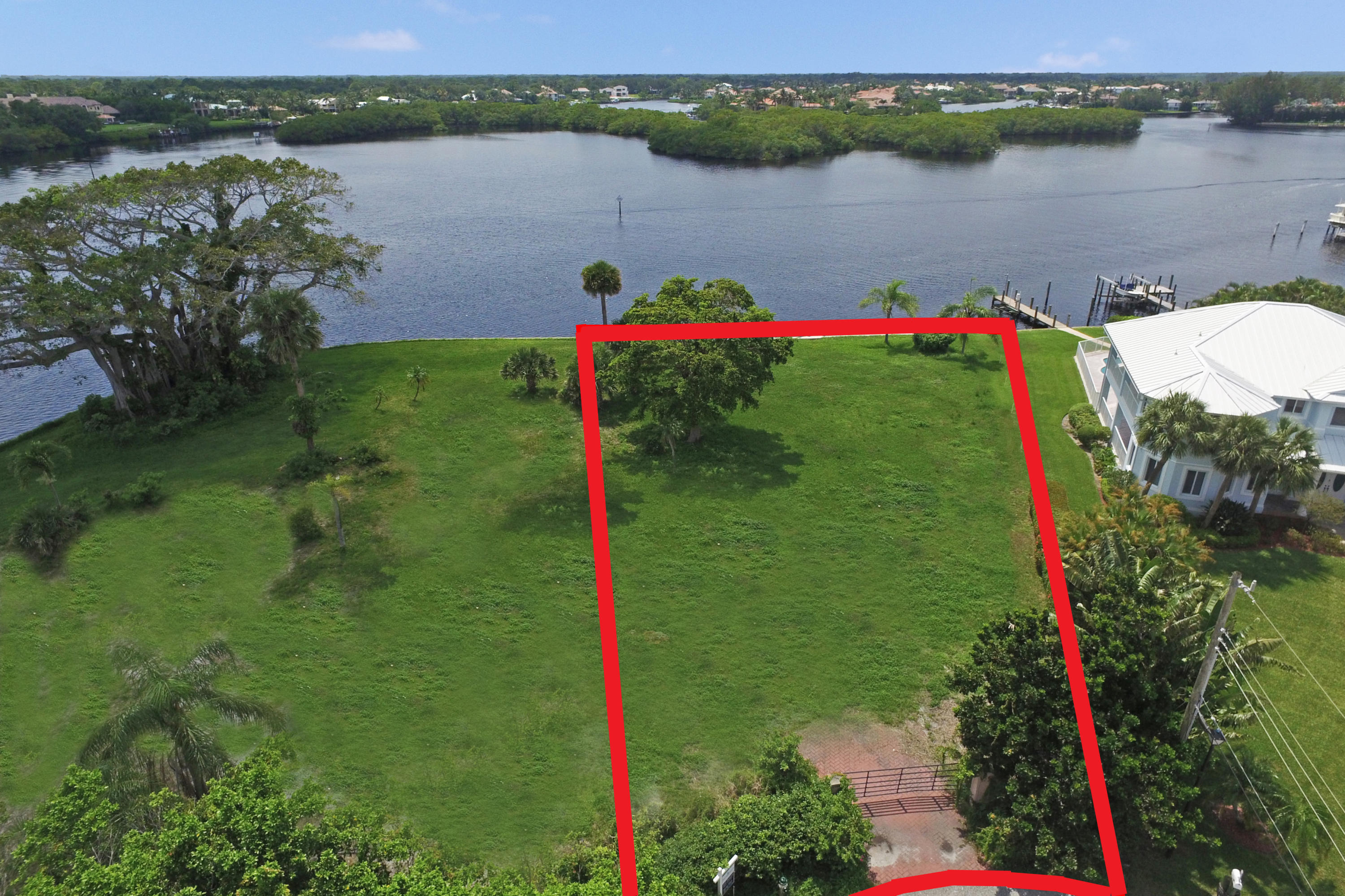 354  River Drive, one of homes for sale in Tequesta