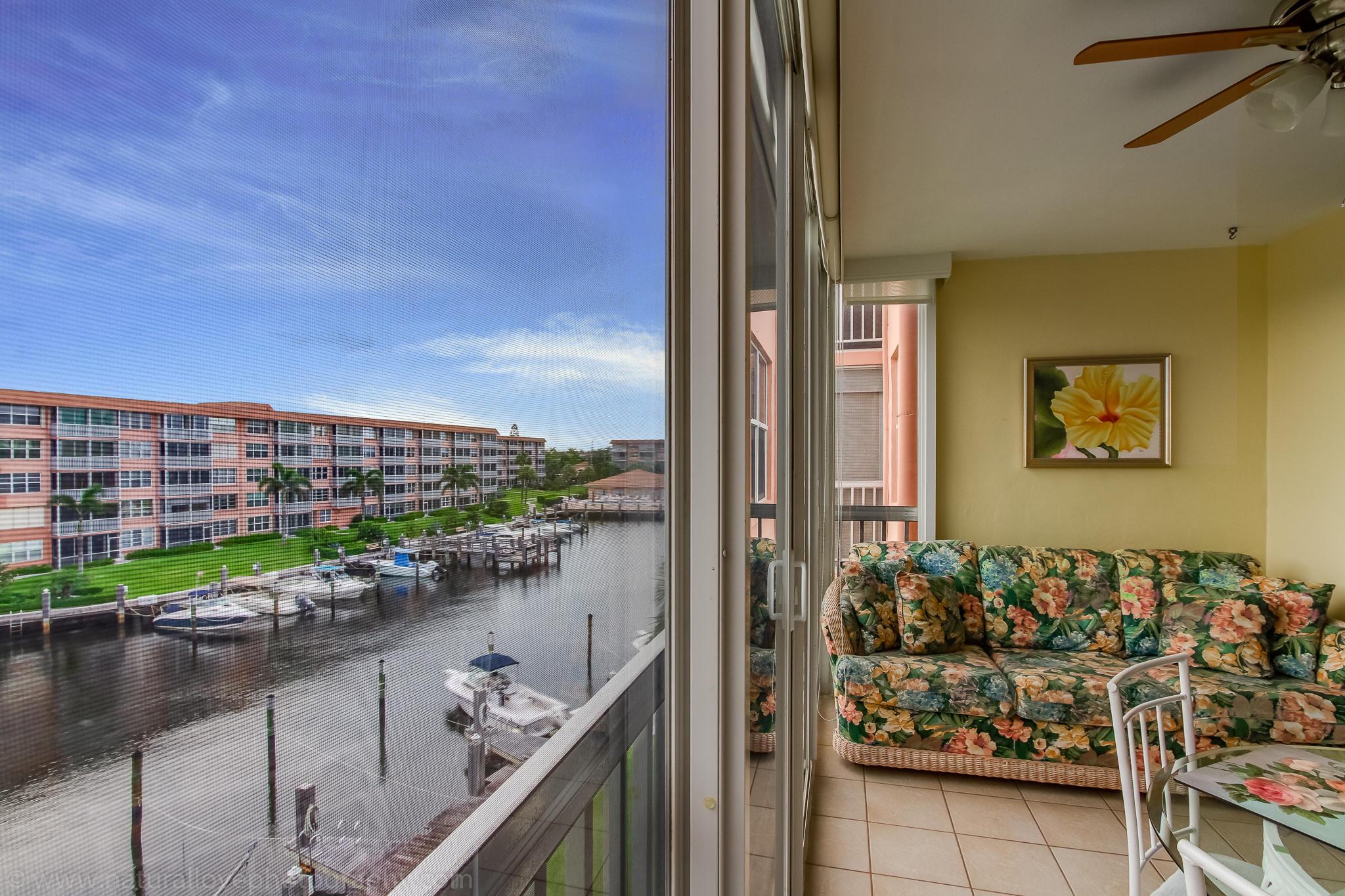 911 Gardenia Drive 453 Delray Beach, FL 33483 photo 3