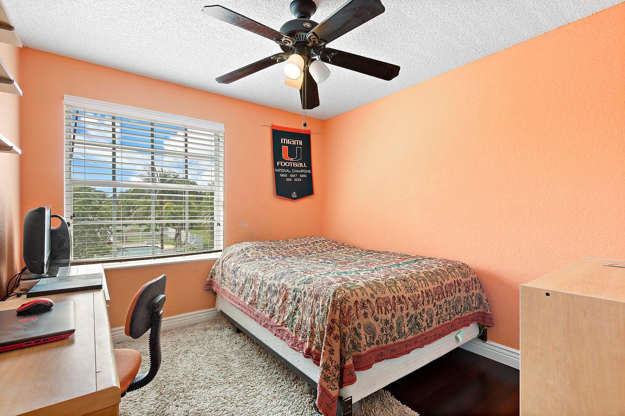 1477 Running Oak Lane Royal Palm Beach, FL 33411 photo 18