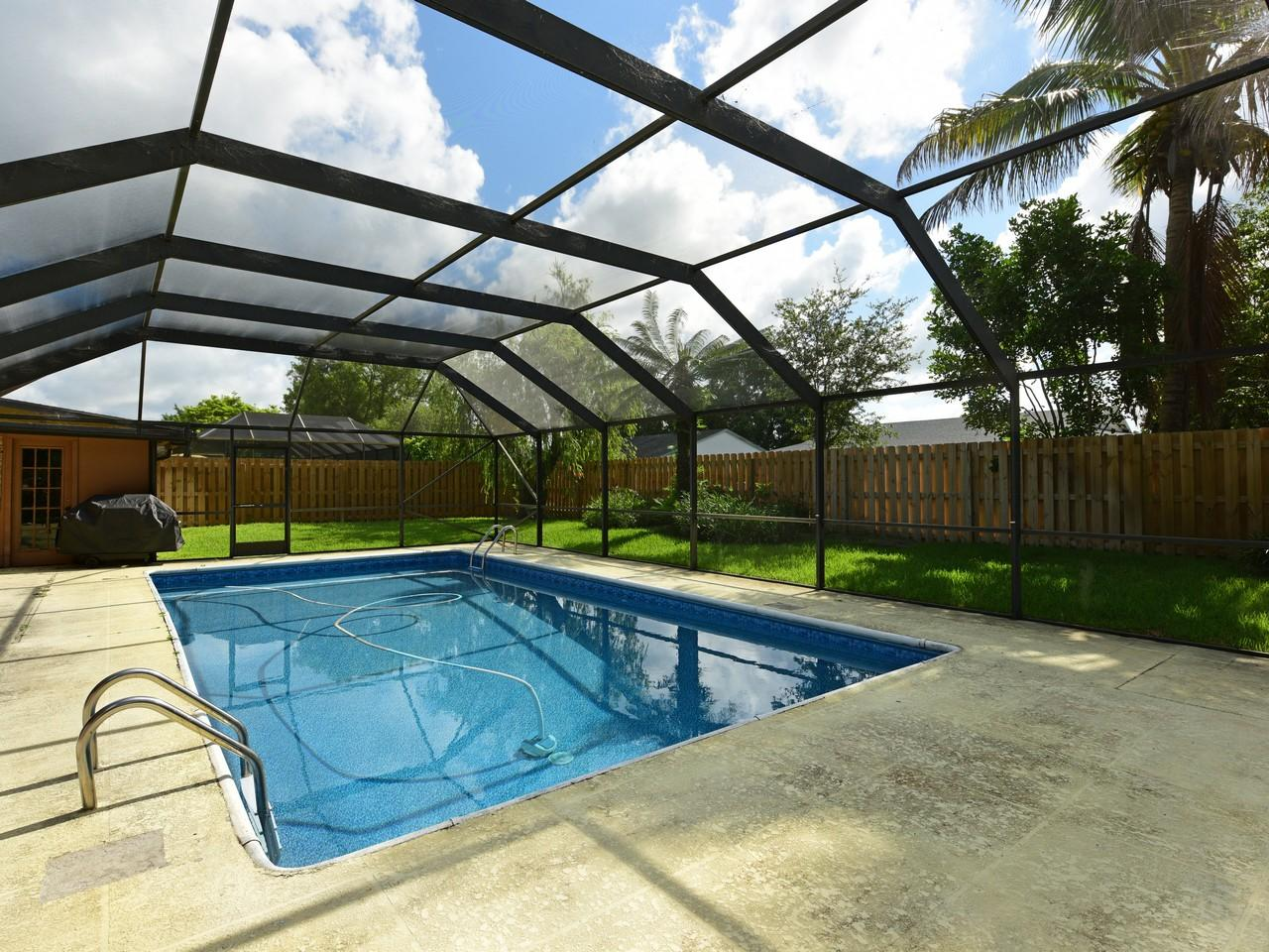 106 Swan Parkway Royal Palm Beach, FL 33411 photo 7