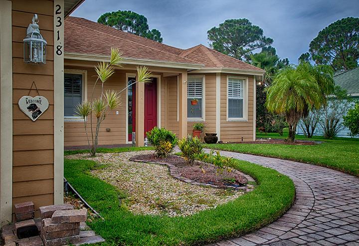 2318 Manor Port Saint Lucie 34952