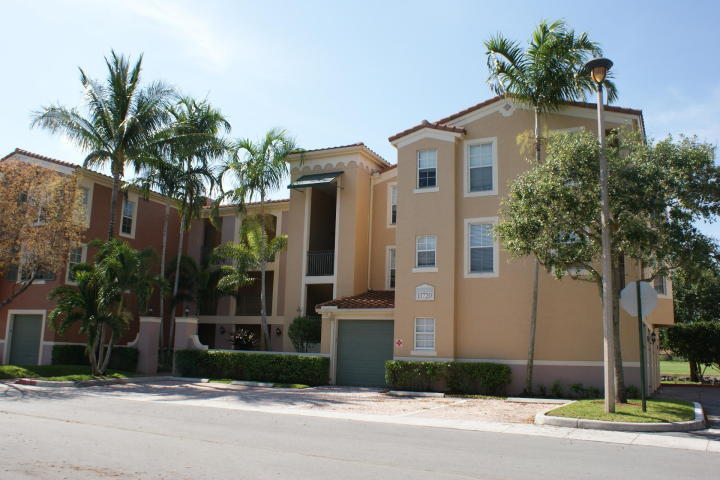 11720 Saint Andrews Place 306 Wellington, FL 33414
