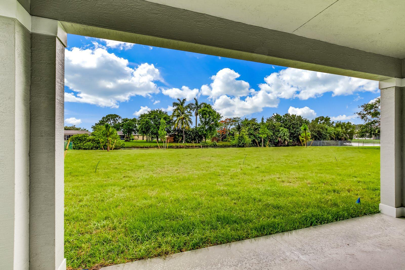 138 Sparrow Drive B Royal Palm Beach, FL 33411 photo 12