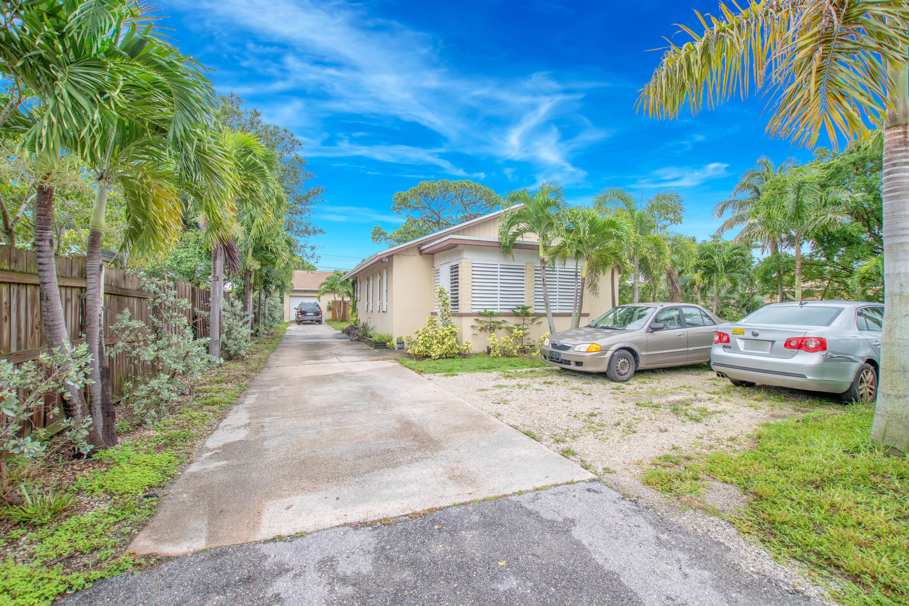 Home for sale in HI-PINE HOMESITES Lake Worth Florida