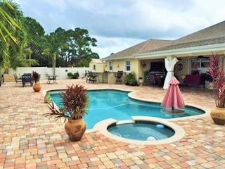 732 NW Cardinal Drive, Port Saint Lucie, Florida