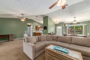 1610 SW HAMPSHIRE LANE, PORT SAINT LUCIE, FL 34953  Photo