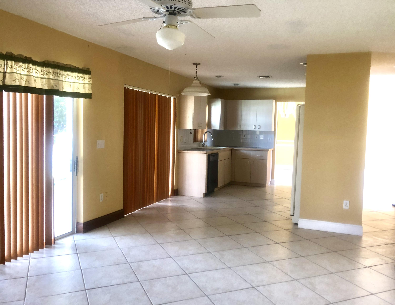 4411 Camrose Lane West Palm Beach, FL 33417 photo 6