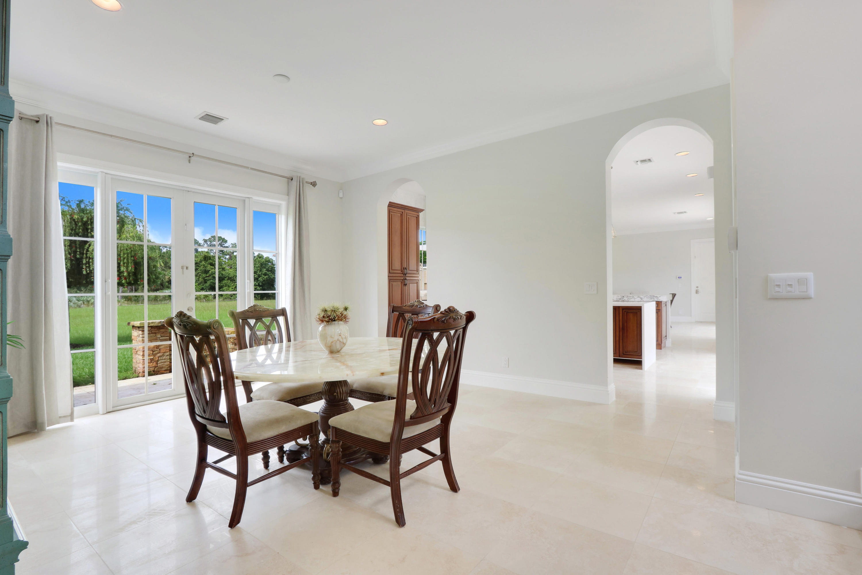 RESERVE REALTY