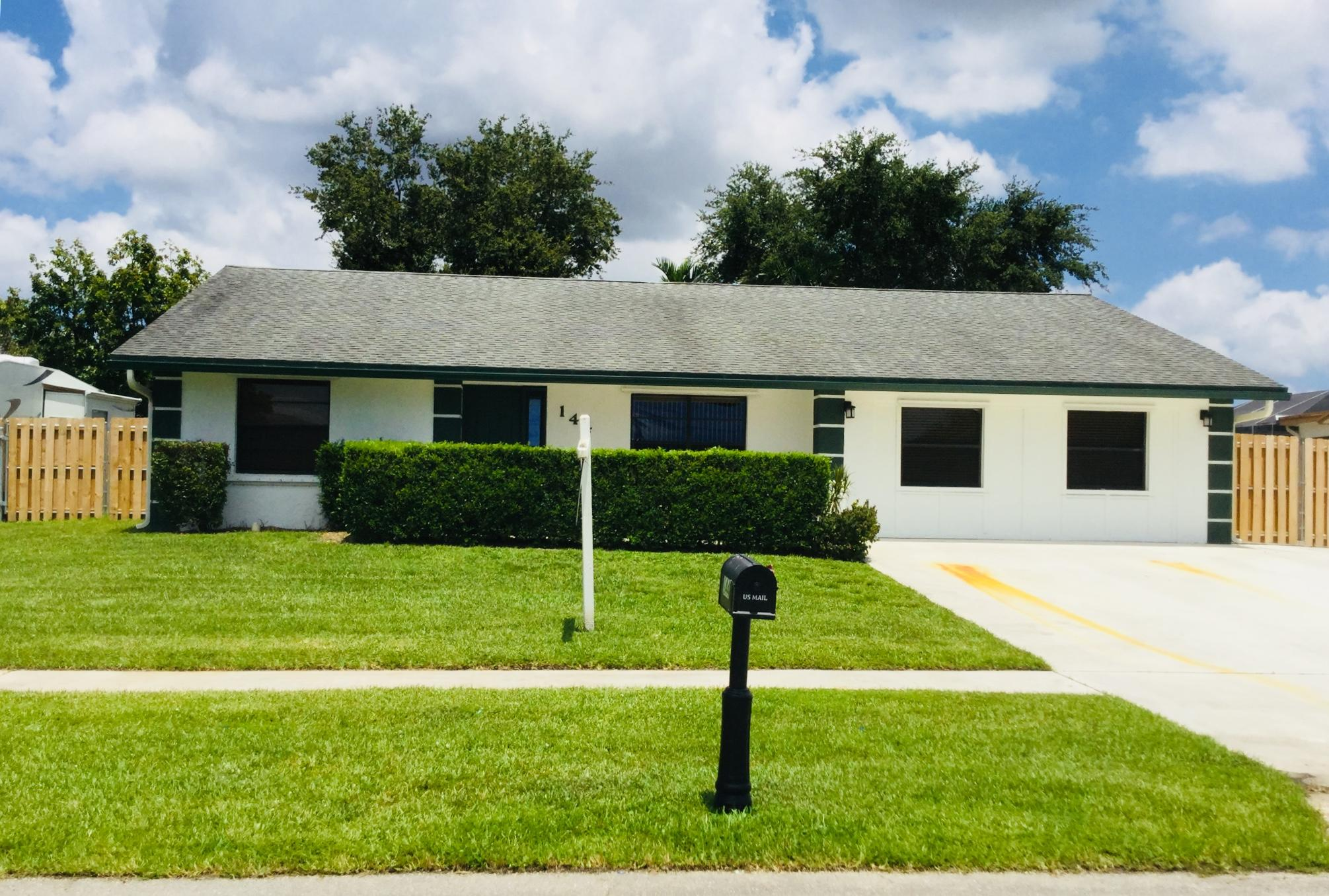 144 Cortes Avenue Royal Palm Beach, FL 33411 photo 1