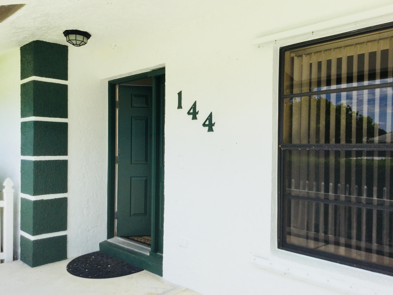 144 Cortes Avenue Royal Palm Beach, FL 33411 photo 2