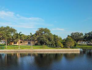 Lake Clarke Shore