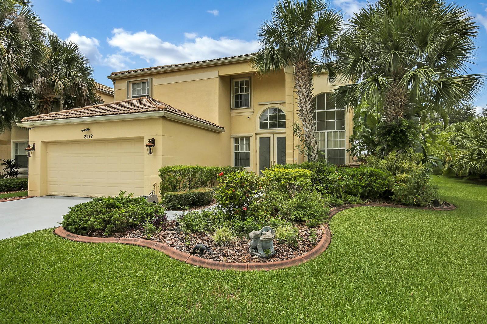 2517 Glendale Drive Royal Palm Beach, FL 33411