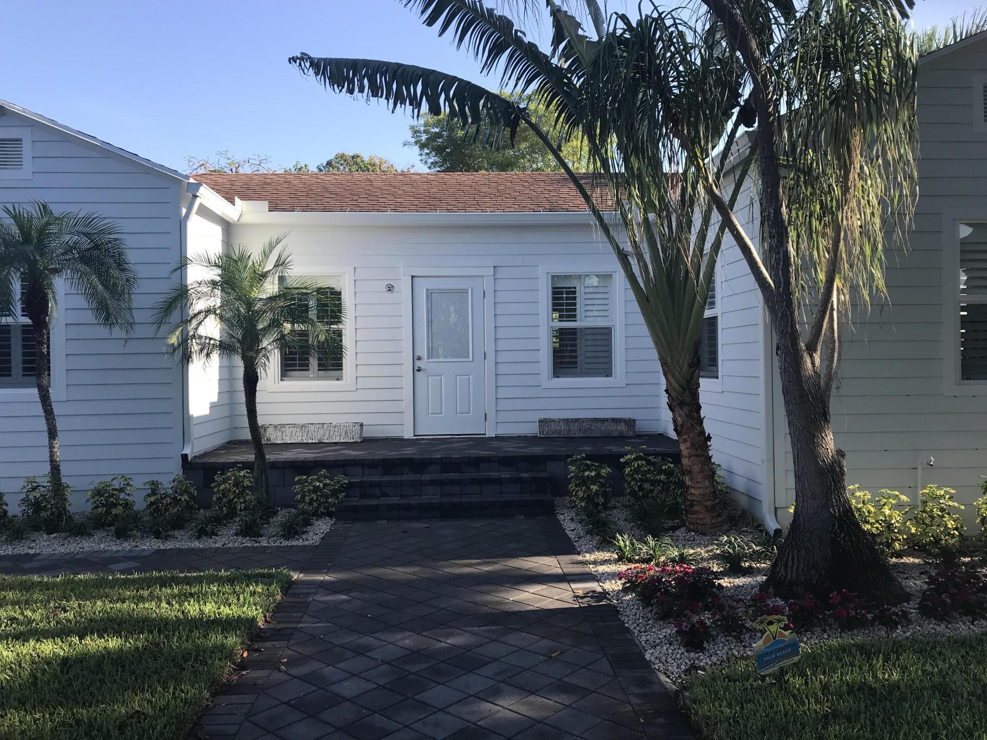 215 NE 13th Street  Delray Beach, FL 33444
