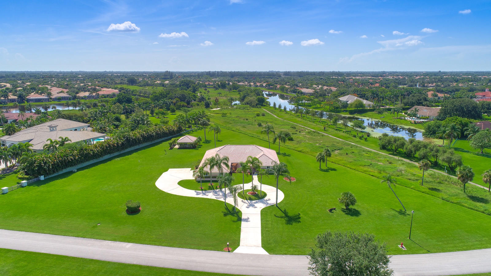 6850 W Kendale Circle Lake Worth, FL 33467