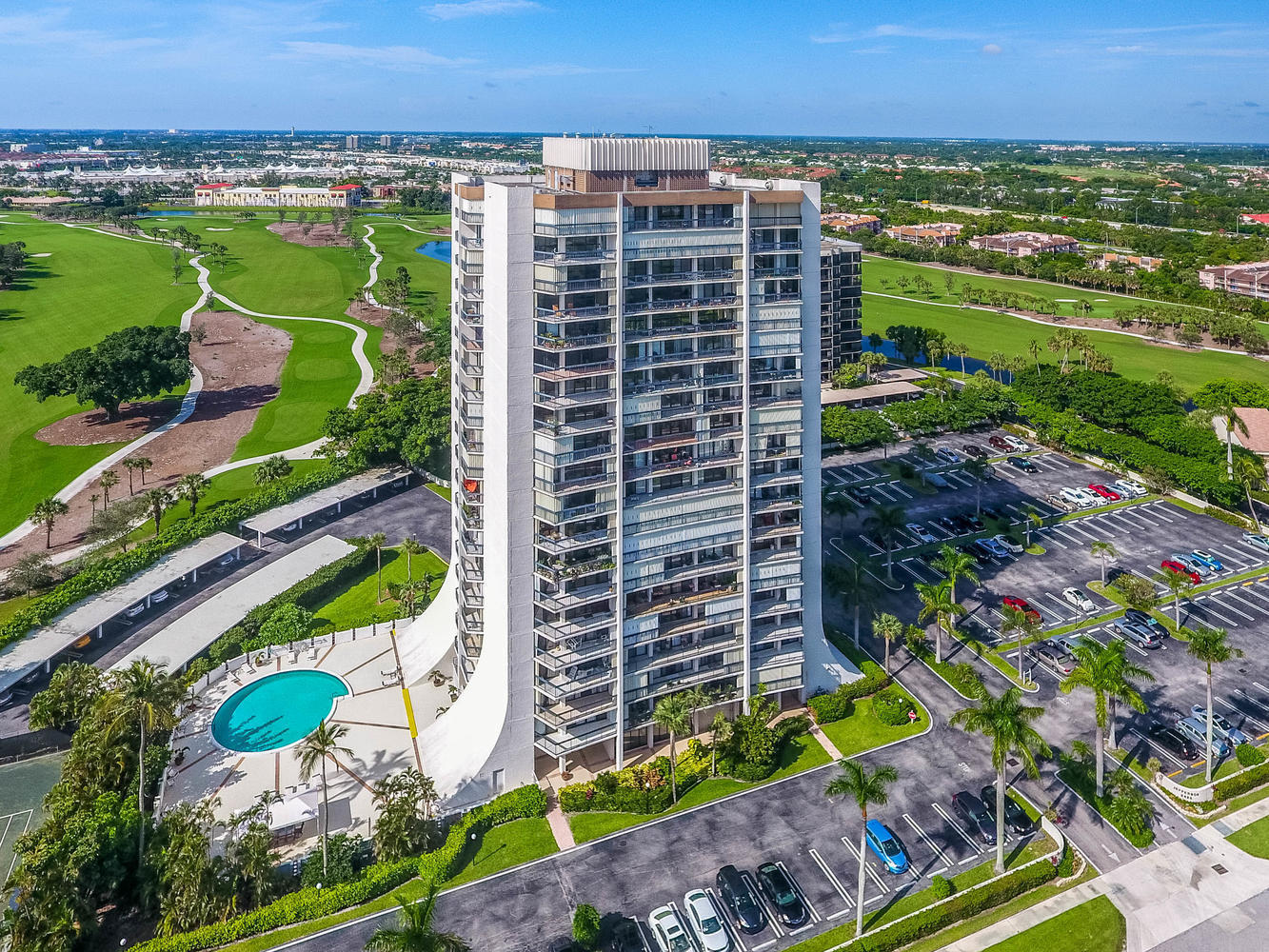 2425 Presidential Way 1902 West Palm Beach, FL 33401