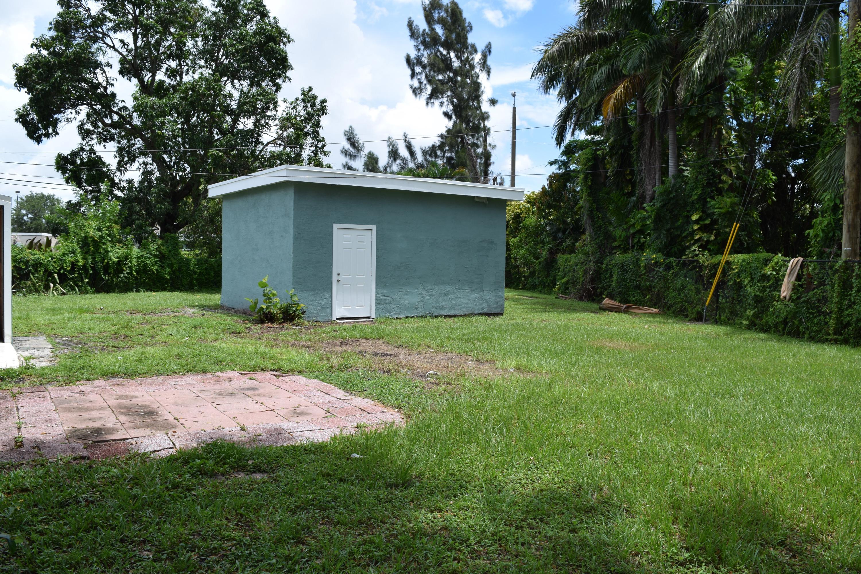 2010 Osceola Drive West Palm Beach, FL 33409 photo 17