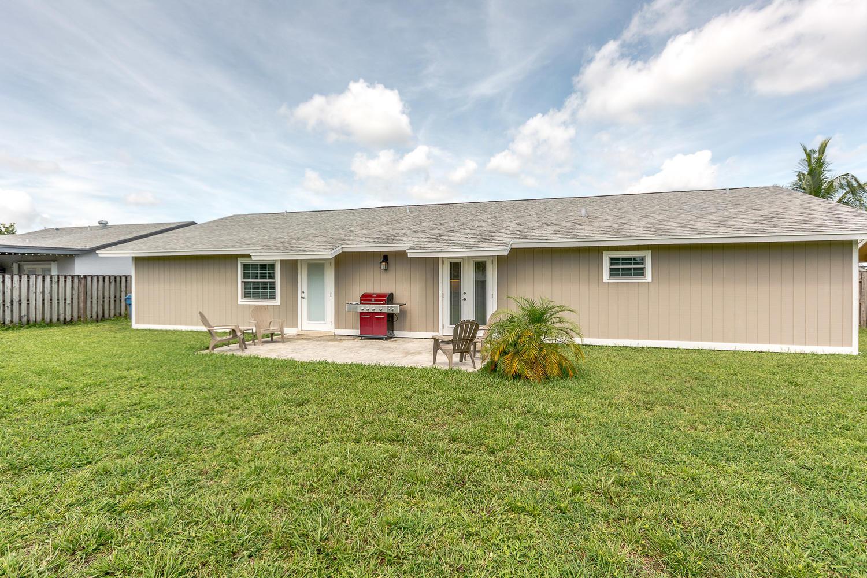 112 Cortes Avenue Royal Palm Beach, FL 33411 photo 23