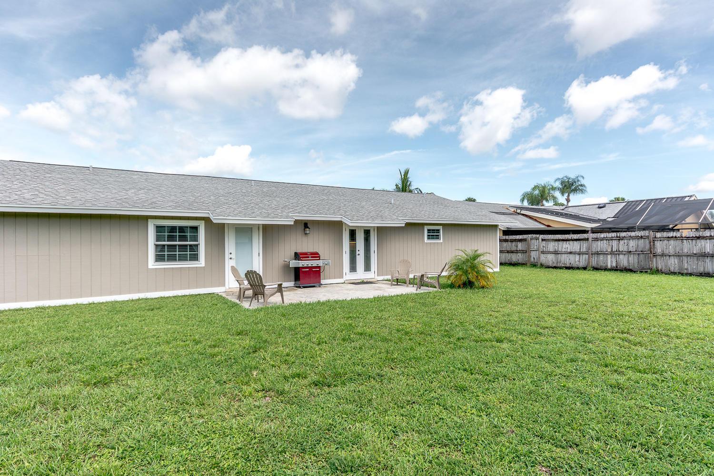 112 Cortes Avenue Royal Palm Beach, FL 33411 photo 24