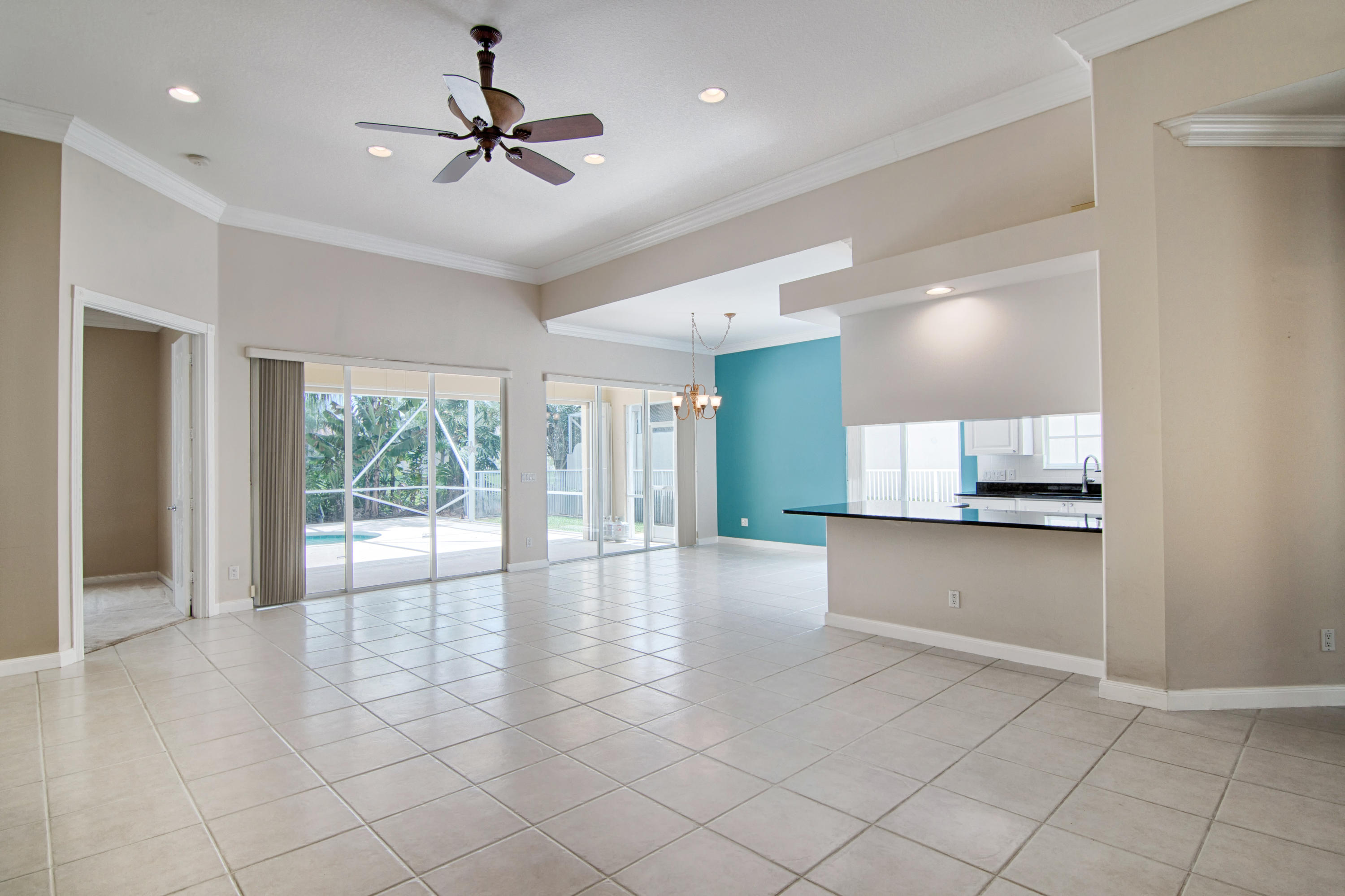 8091 Jolly Harbour Court Wellington, FL 33414 photo 9