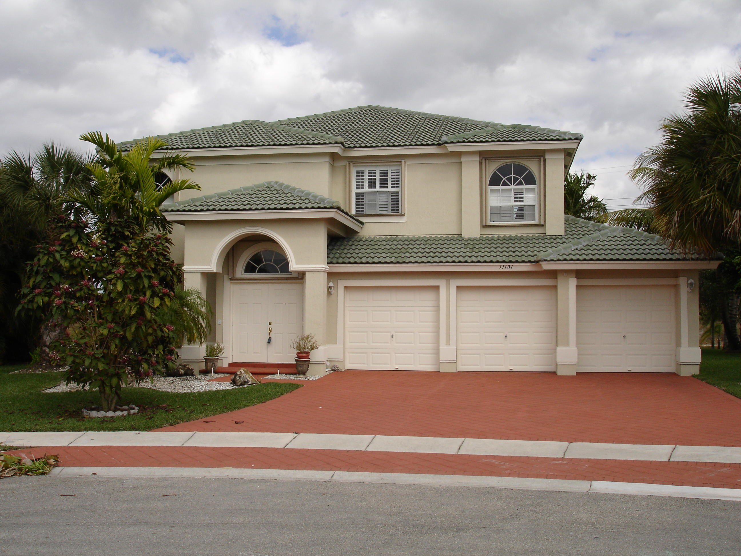 11101 Alameda Bay Court Wellington, FL 33414