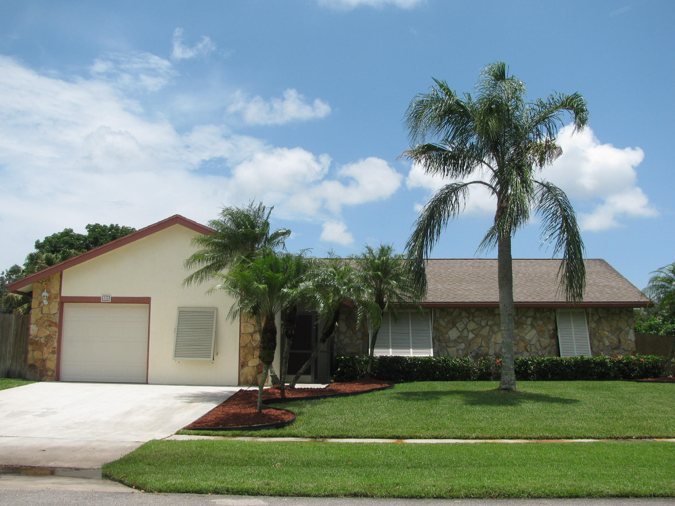 115 Viscaya Avenue Royal Palm Beach, FL 33411 small photo 1