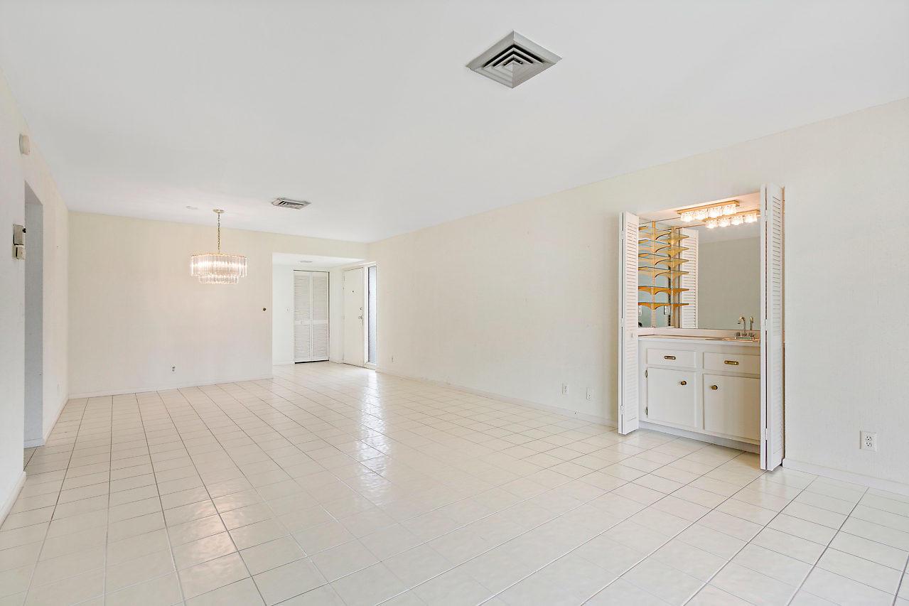 1723 Consulate Place 203 West Palm Beach, FL 33401 photo 7