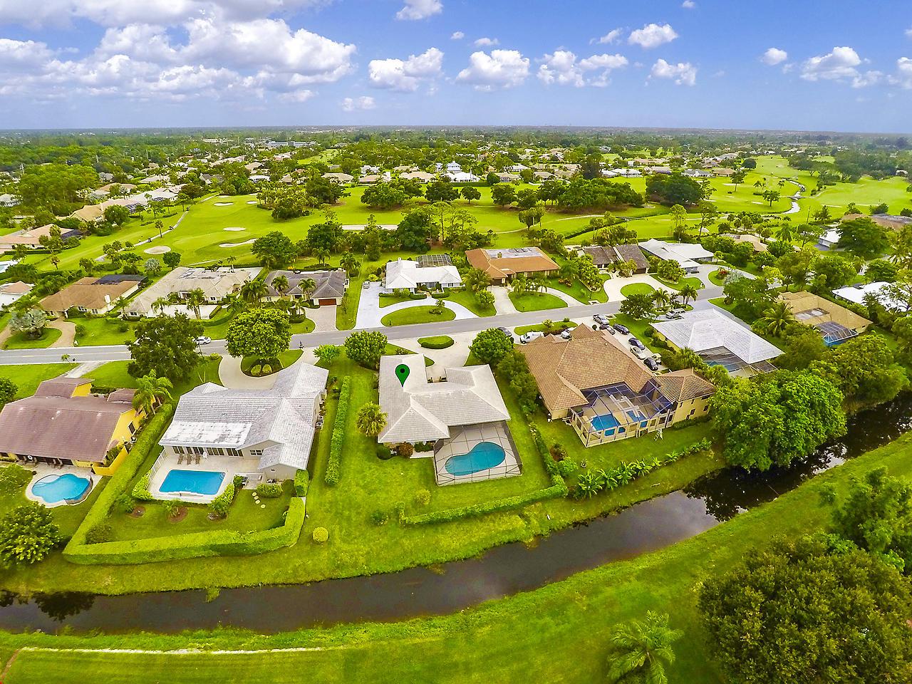 517 N Country Club Drive  Atlantis FL 33462