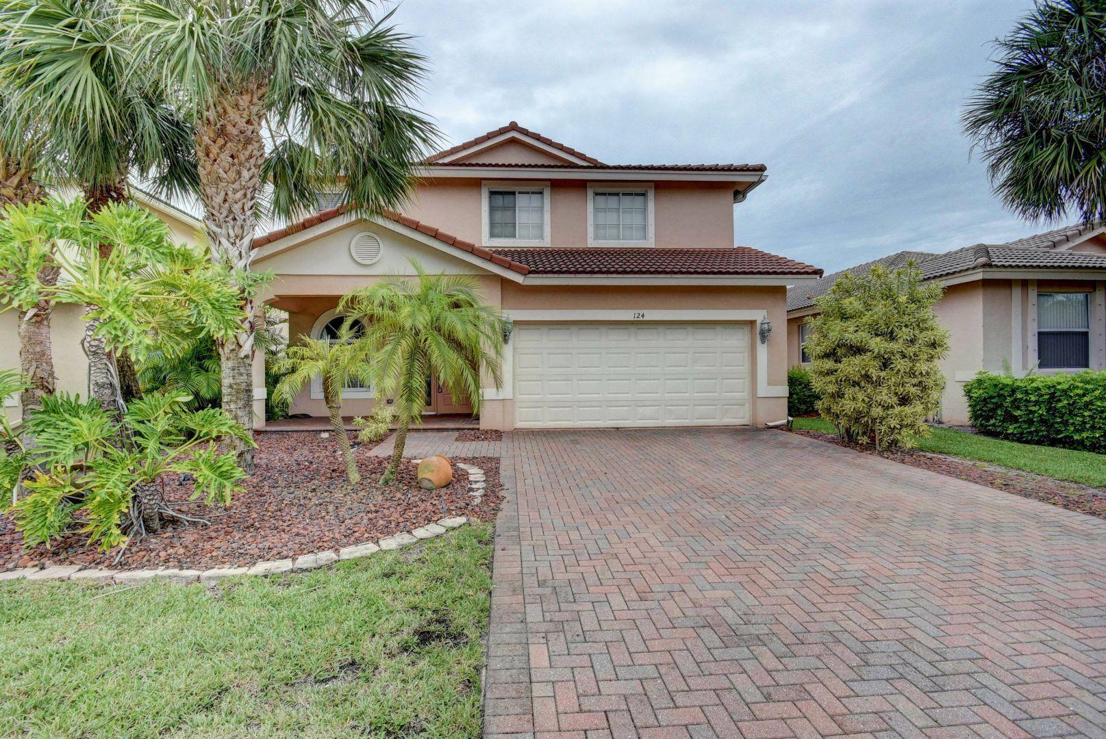 124 Bellezza Terrace Royal Palm Beach, FL 33411