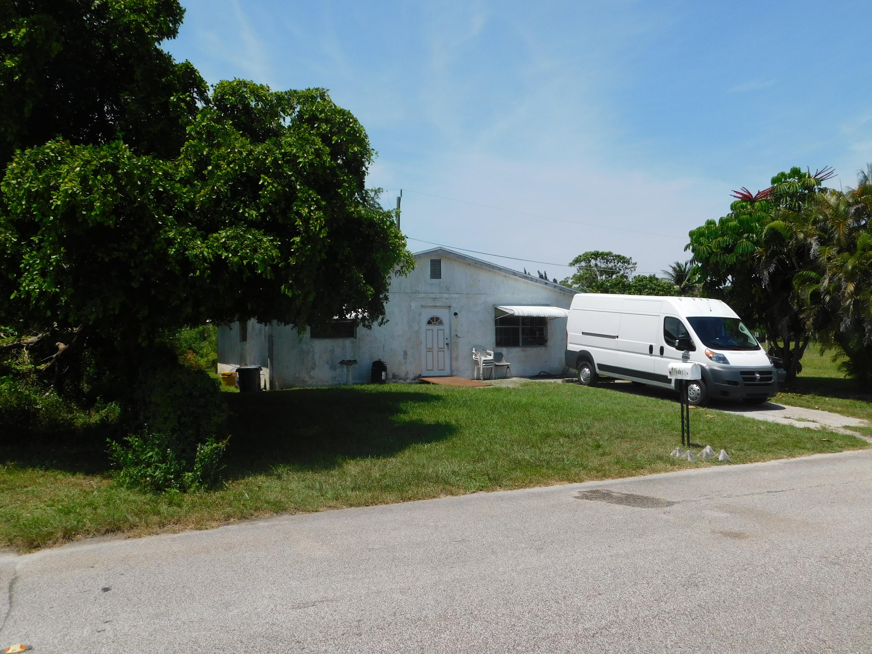 Home for sale in LYNNWOOD SUB SW 1/4 West Palm Beach Florida
