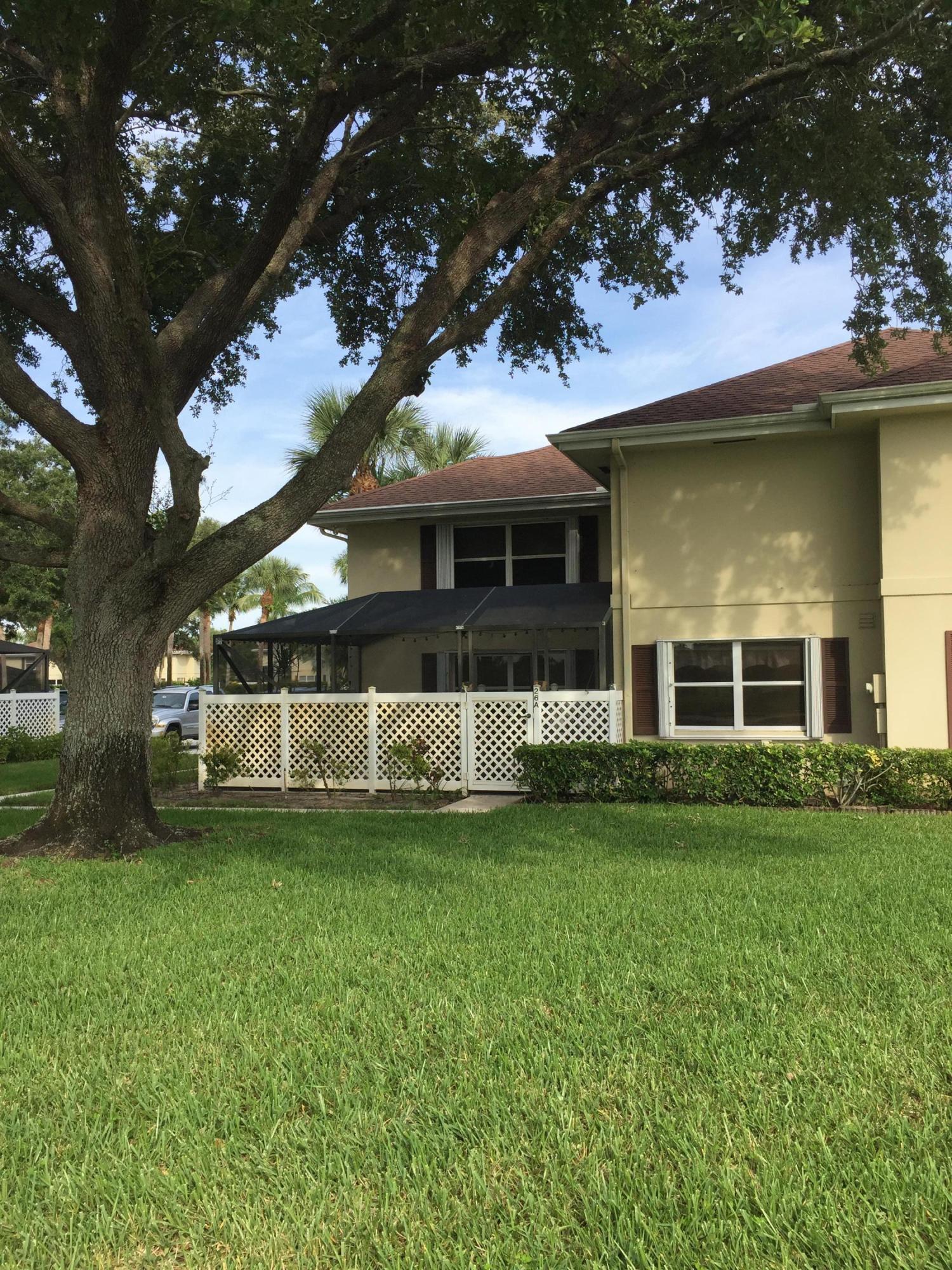 26 Clinton Court A Royal Palm Beach, FL 33411