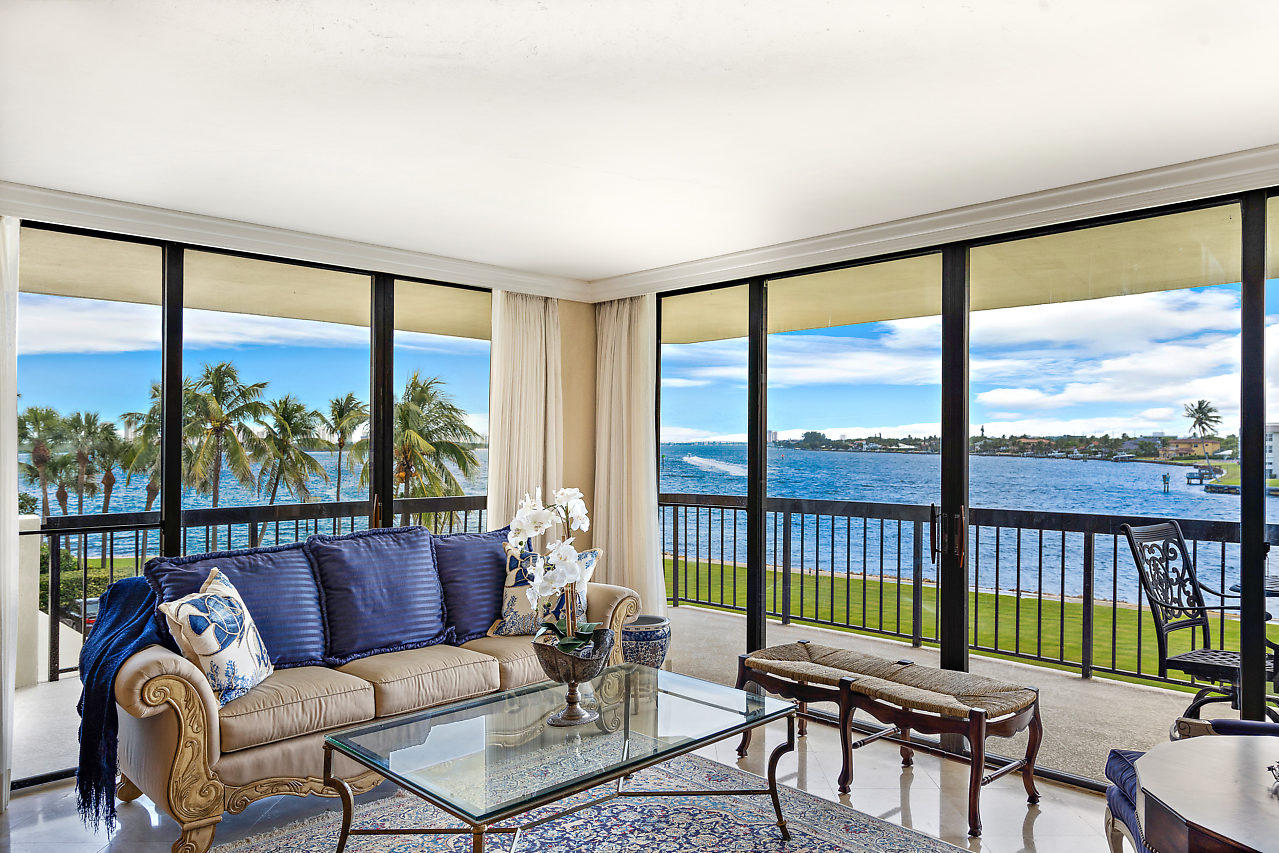 COVE TOWER NORTH PALM BEACH