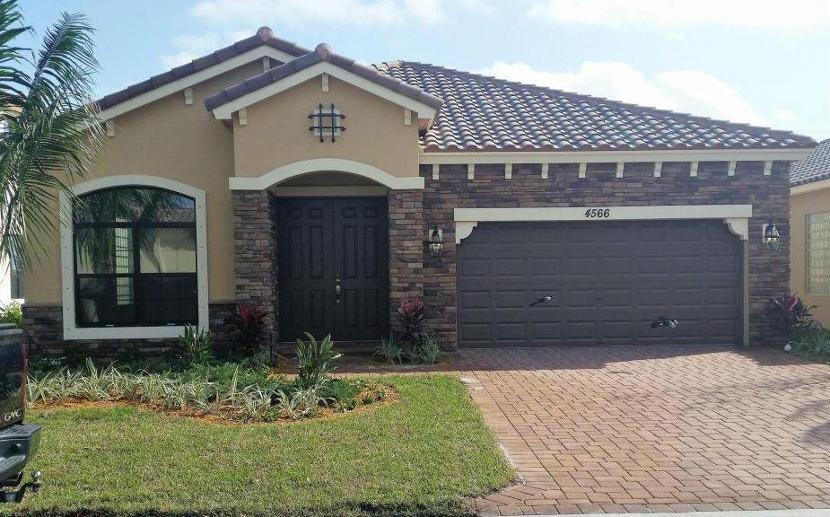 4566 Sandy Cove Terrace Lake Worth, FL 33467