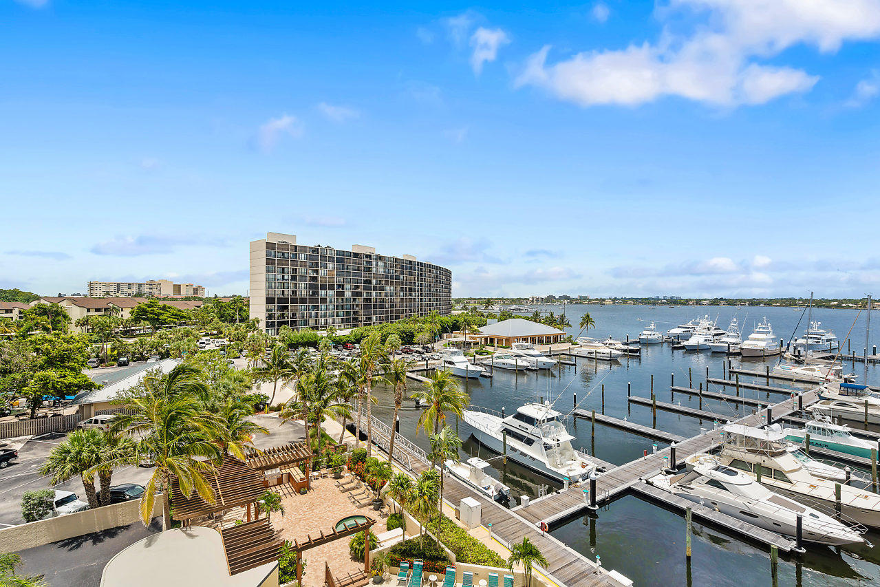 MARINA TOWER NORTH PALM BEACH REAL ESTATE