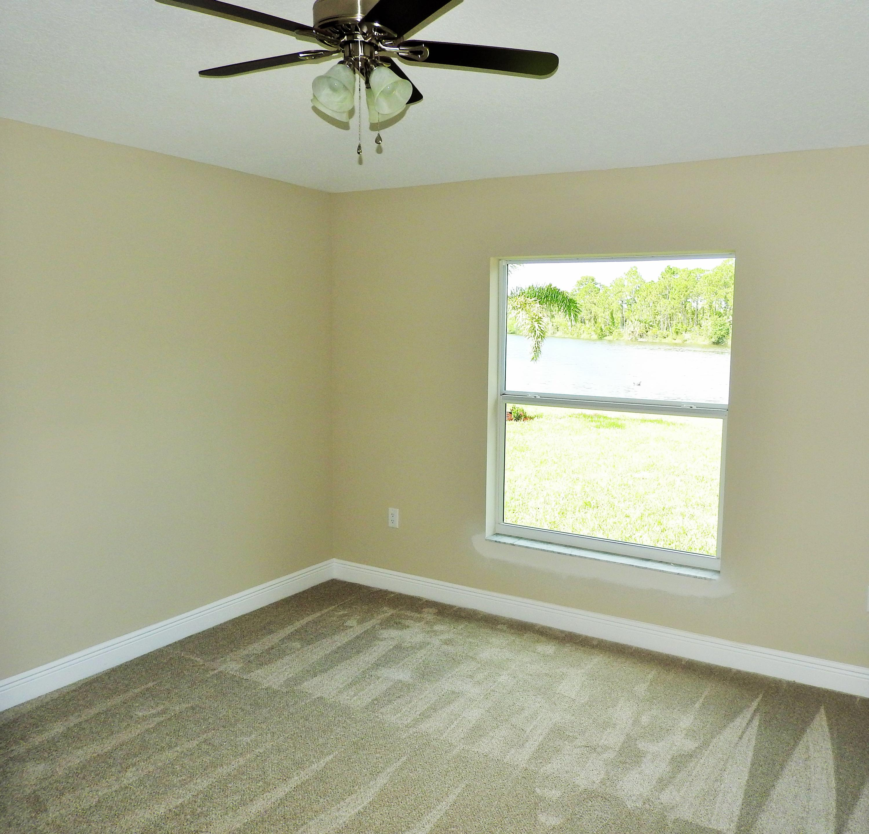 SAWGRASS LAKES HOMES FOR SALE