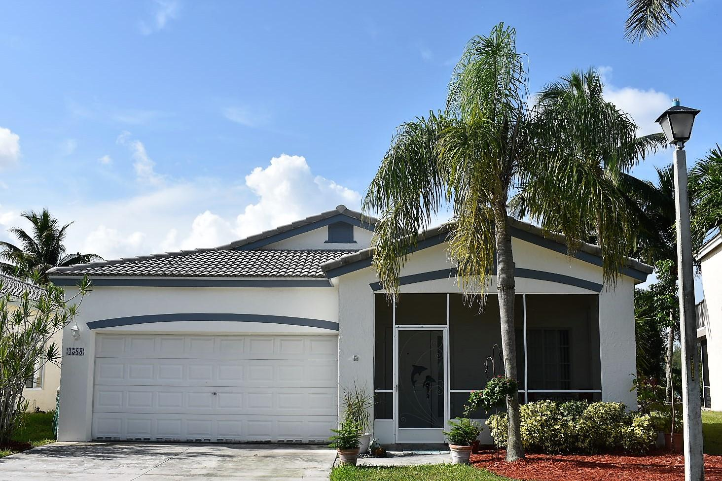 Home for sale in Waterways/lakeview Deerfield Beach Florida