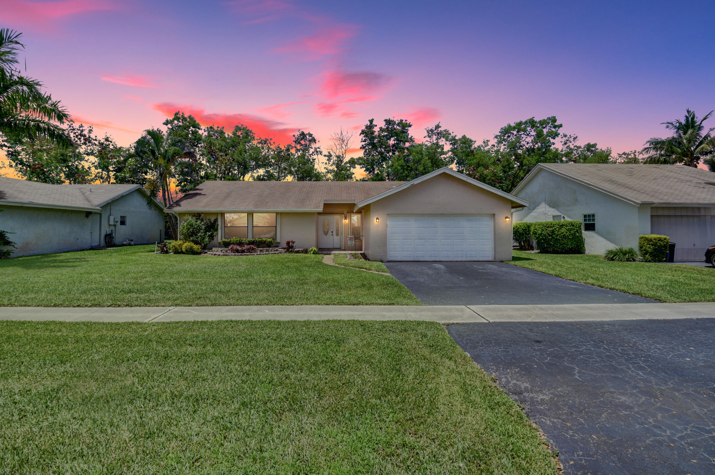 Home for sale in Southwind Lakes,american Homes Boca Raton Florida