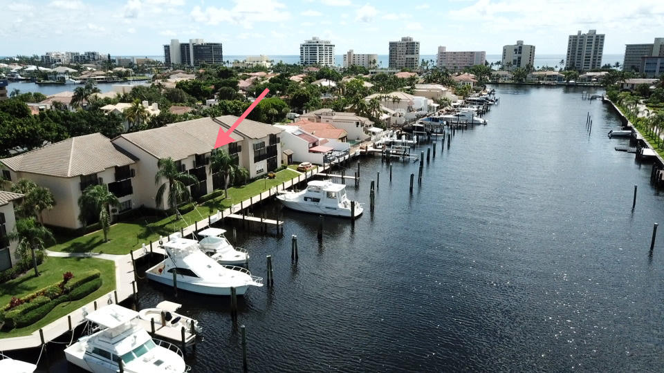 300 Captains Walk 114  Delray Beach, FL 33483