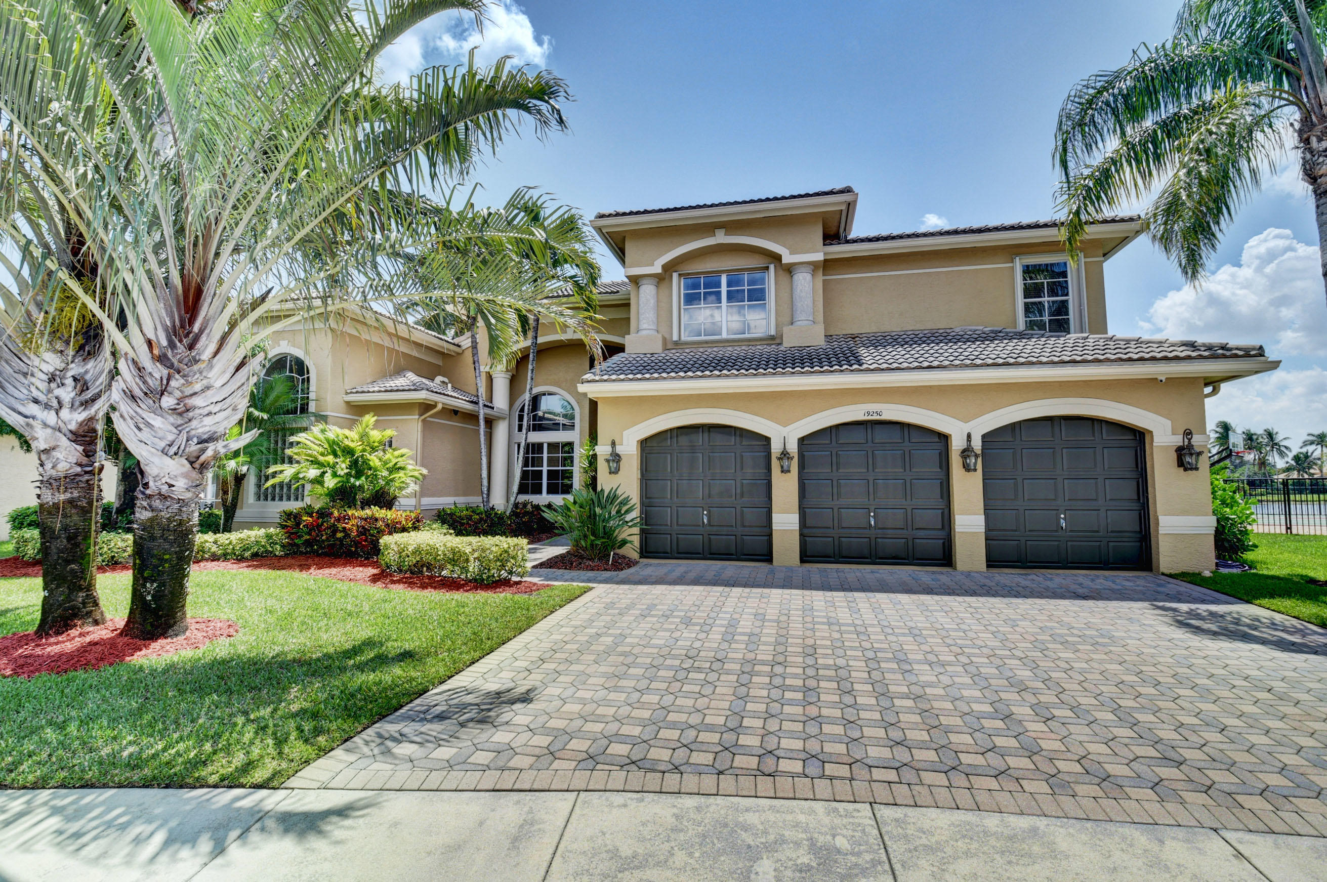Photo of 19250 S Creekshore Court, Boca Raton, FL 33498