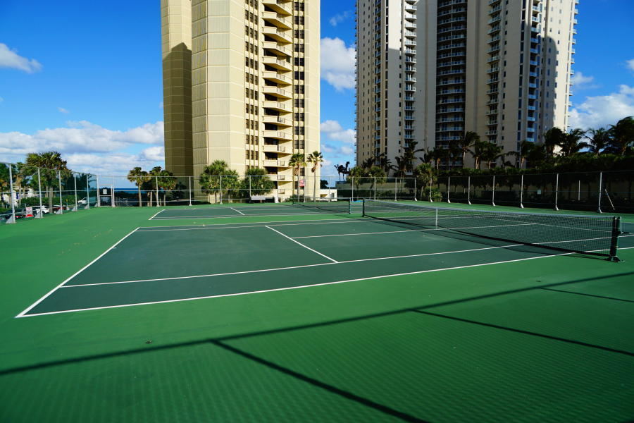 PHOENIX TOWERS SINGER ISLAND REAL ESTATE