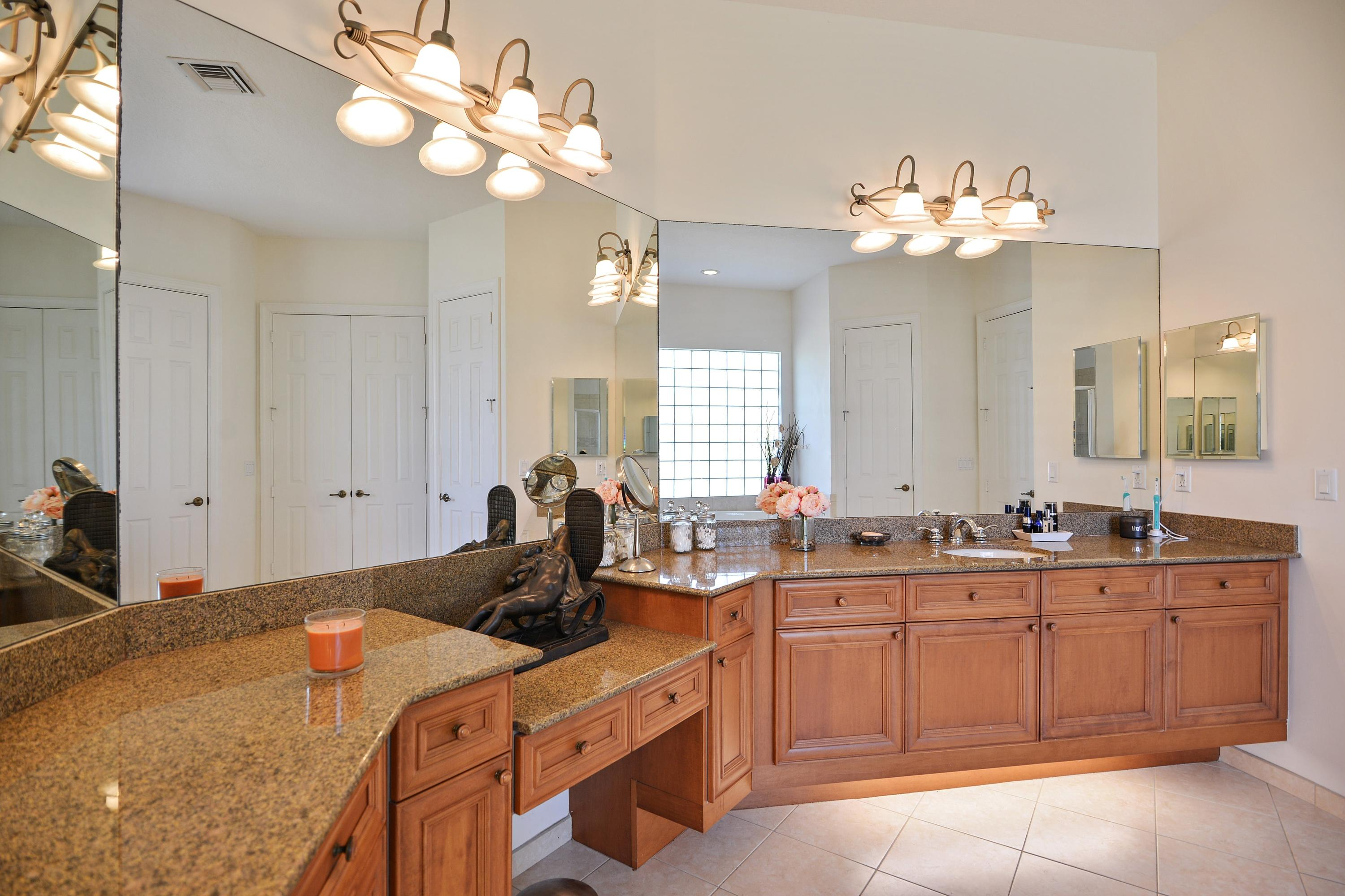 COBBLESTONE COUNTRY CLUB HOMES FOR SALE