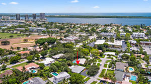 Country Club Add To Village Of North Pal - North Palm Beach - RX-10452269