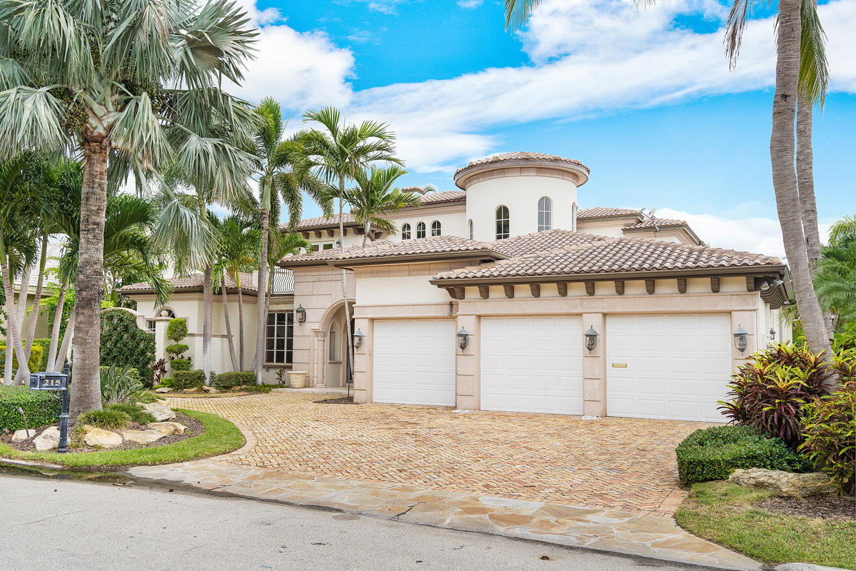 215 W Coconut Palm Road Boca Raton, FL 33432 photo 3