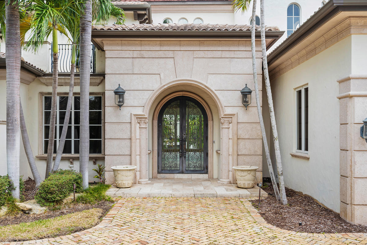 215 W Coconut Palm Road Boca Raton, FL 33432 photo 10