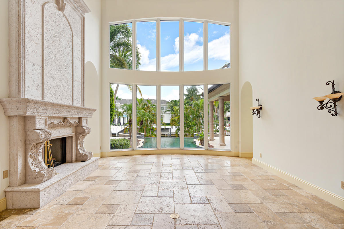 215 W Coconut Palm Road Boca Raton, FL 33432 photo 12