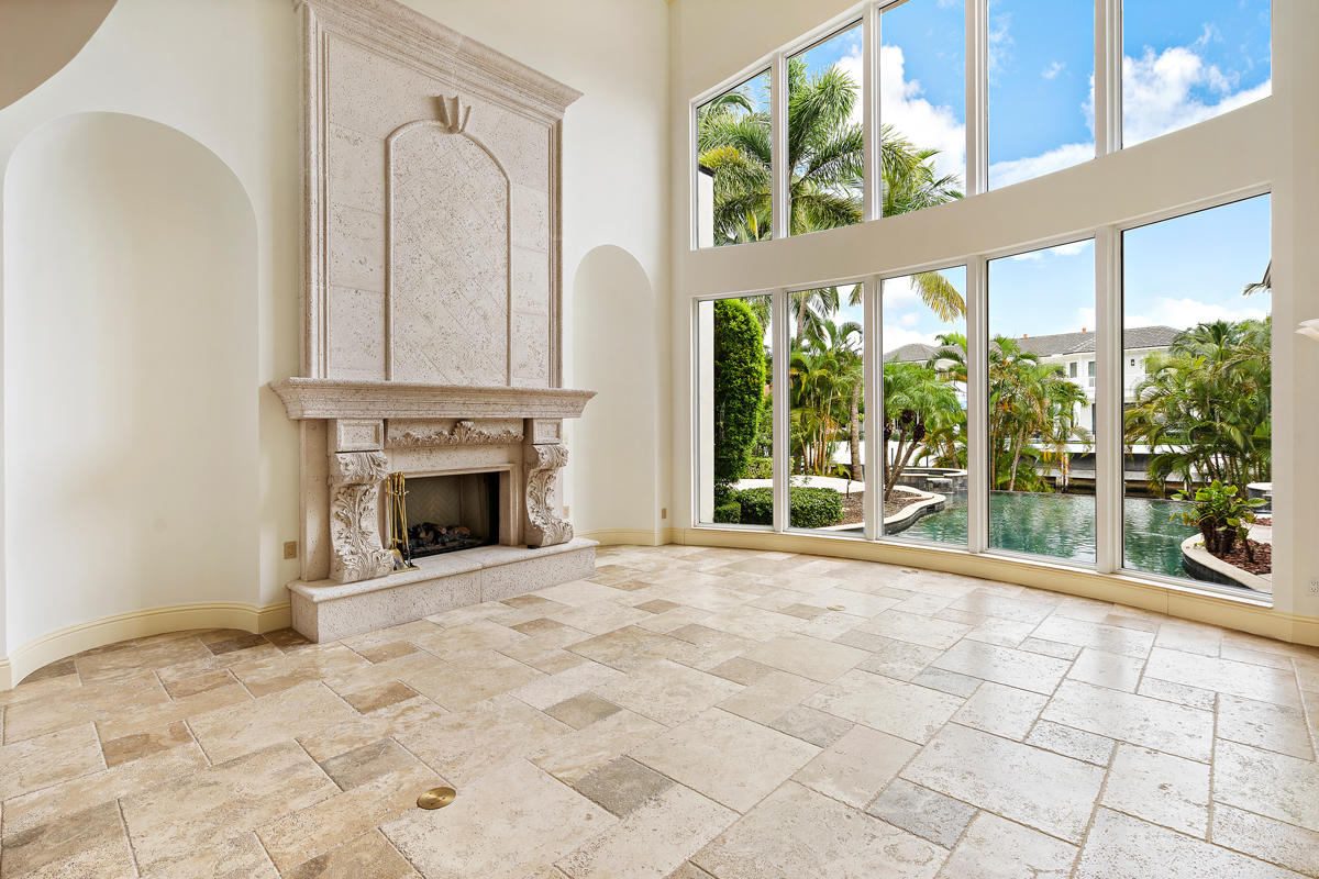 215 W Coconut Palm Road Boca Raton, FL 33432 photo 13